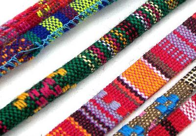 Cordón étnico decorativo